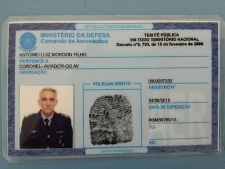 documento falso aeronautica - Falso coronel é preso após entrar na Base Aérea de São Paulo