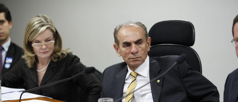 ministro - COM AVAL DE DILMA: Ministro da Saúde vai deixar cargo para poder votar em líder do PMDB