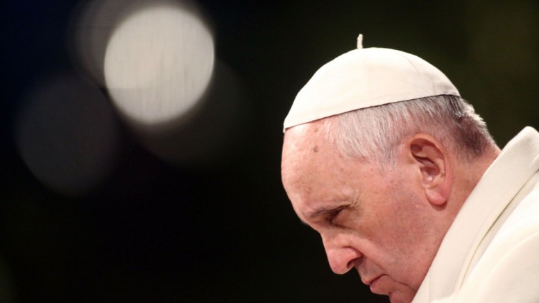 papa 5 777x437 - Grávida de 7 meses, secretária do Papa Francisco é encontrada morta