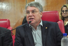 Nas últimas horas do prazo, Pedro Coutinho deixa o PTB