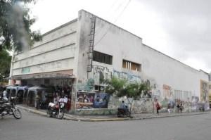 unnamed 4 300x199 - Decisão do Iphaep inviabiliza revitalização do Cine Capitólio e município perde investidores