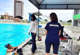 Lígia Feliciano prestigia treino da Seleção Brasileira de Nado Sincronizado em João Pessoa