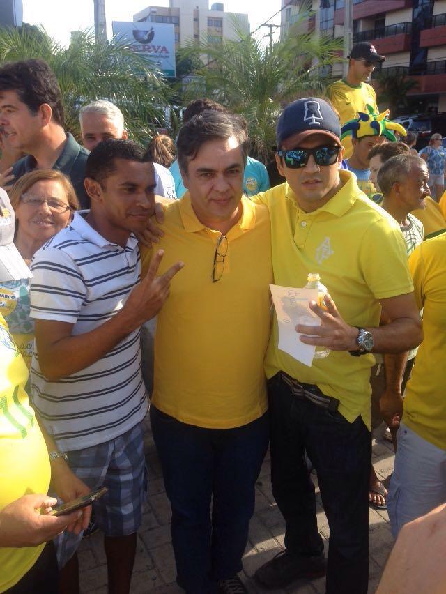 1457895959899 cassio na manifestacao - Cássio participou do fora Dilma em João Pessoa e acredita que impeachment ganha força
