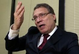Novo ministro da Justiça brigou contra e foi vítima de vazamentos