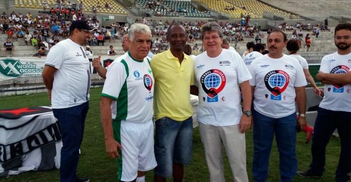 Futebol Solidário 1 - João Azevêdo participa do futebol solidário em prol do Hospital Padre Zé