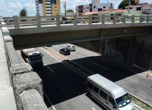 ViadutoTambauzinho 2 - Prefeito inaugura nesta terça o Viaduto Geraldo Mariz e trânsito na Epitácio será desafogado