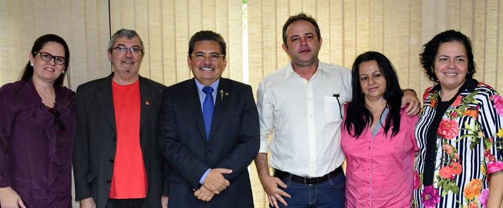 apoio adriano galdino e1458250851111 - Adriano Galdino recebe apoio do PC do B à sua pré-candidatura em Campina Grande