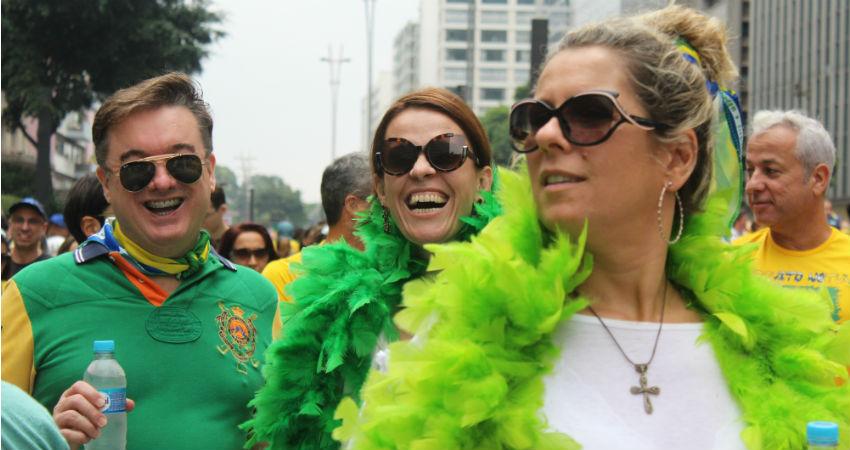 at manifestacao contra dilma rousseff em sao paulo 0191457958286 - PESQUISA DATAFOLHA: Protesto cresce, mas manifestante mantém perfil de alta renda