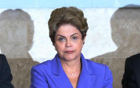 mi 14707828849105213 - ISTOÉ: Acuada diante das denuncias, Dilma fica sem reação e tem ataque de fúria contra ministros e assessores