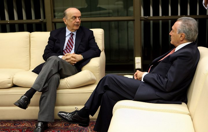 serra e temer - Serra e Temer negociam pacto para um novo governo caso Dilma seja impedida