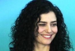 Posicionamento político: Letícia Sabatella recupera página no Facebook e desabafa: 'Existe um limite'