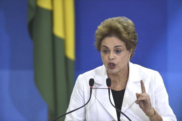 DILMA ARTIGO - Senador Raimundo Lira é cotado para presidir Comissão de Impeachment