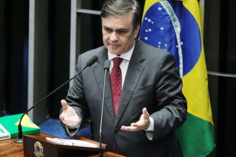 """cassio - """"É um constrangimento é um abuso"""" diz o Senador Cássio sobre ação que prendeu ex-ministro"""