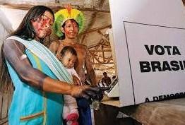 Índios usam urna eletrônica para escolher cacique