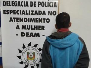 620casa2 - Pai é preso por abusar de quatro filhas entre 2 e 7 anos de idade