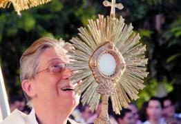 Jornal destaca investigação a Dom Aldo Pagotto e impedimento de ordenar padres