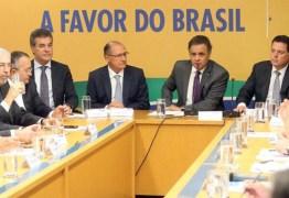AÉCIO RECUA: Temer está parecido com Dilma