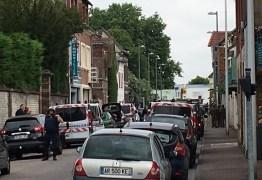 FRANÇA: Padre é morto em ataque com facas a igreja