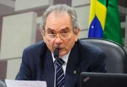 Senador Raimundo Lira permanece concorrendo a presidência da CCJ