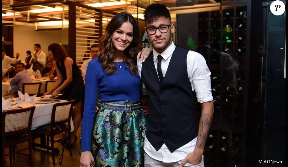 1099116 neymar elogiou bruna marquezine apos 950x0 2 - Bruna Marquezine fala sobre fanatismo em seu namoro com Neymar