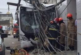 Bebê de três meses está entre vítimas de acidente com ônibus desgovernado na capital; VÍDEO