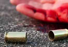 Dois jovens são mortos a tiros no João Paulo II nesta madrugada