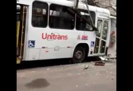 URGENTE – Ônibus desgovernado mata três e fere dois no Centro de João Pessoa; VEJA VÍDEO
