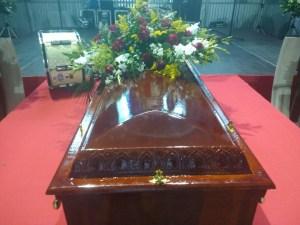 0003 300x225 - Fãs e artistas fazem homenagem ao zabumbeiro Parafuso que deve ser sepultado em CG