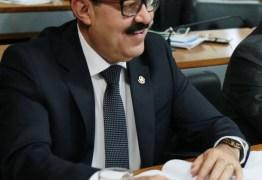 Senador Deca participa de almoço da bancada do PSDB com Meirelles para discutir medidas econômicas