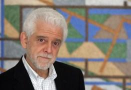 Morre, aos 73 anos, o psiquiatra e escritor Flávio Gikovate
