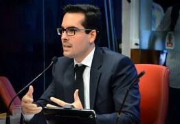 Lucas de Brito coloca seu nome na disputa a presidência da Câmara de João Pessoa