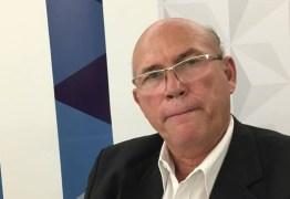 Luiz Flávio defende saída de Helton Renê da liderança e aconselha colega a cuidar da saúde