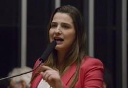 Clarissa Garotinho é expulsa do PR por votar contra PEC dos gastos