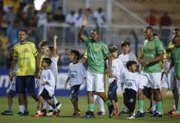 Ousadia bate Pedalada por 13 a 9 em pelada de Neymar e Robinho; veja lances