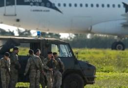 Avião com 118 pessoas a bordo é sequestrado na Líbia