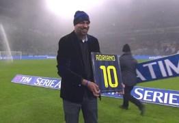 Adriano Imperador recebe homenagem no Inter de Milão e se emociona