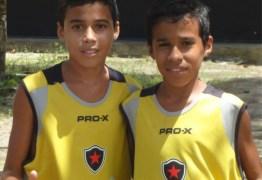 FUTEBOL: Irmãos gêmeos de Pombal recebem proposta de R$ 1 milhão