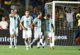 Argentina é multada e Chile tem estádio vetado por homofobia de torcida