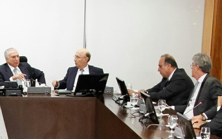 governadores Temer - Governadores decidem apoiar ajuste fiscal do controle de gastos e previdência