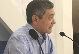 Médicos e advogados debatem aprovação da PEC 55 e crise entre os poderes