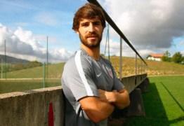 SUSTO: Zagueiro do Athletic Bilbao descobre câncer no testículo e será operado