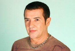 Cantor Beto Barbosa é algemado e preso em Fortaleza – VEJA VÍDEO