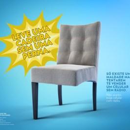 Cadeira post 480x480 - Você compraria uma cadeira sem uma perna? Campanha quer estimular a compra de celulares com rádio