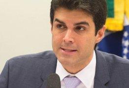 Ministro da Integração Nacional garante compromisso com obras do eixo norte da transposição
