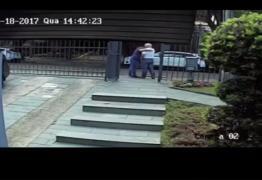 ASSISTA: Filho de Teori Zavascki posta vídeo de último abraço no pai