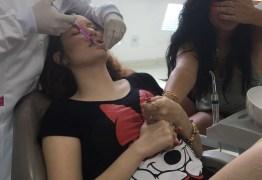 Filha de Solange Gomes faz procedimento estético aos 16 anos de idade