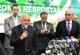 Senador acusa governador do AM de acordo com facção criminosa para garantir eleição