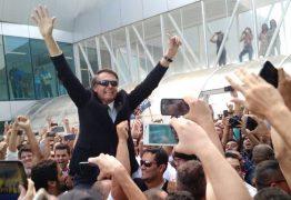 Legislação não permite, mas Bolsonaro tem usado cota parlamentar em pré-campanha