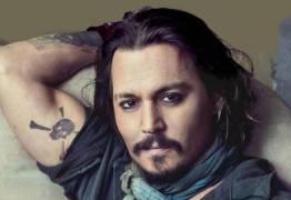 Johnny Depp está quase falindo por gastos extravagantes