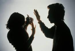 Mulher é encontrada desacordada após agressão; suspeito é o ex-companheiro da vítima